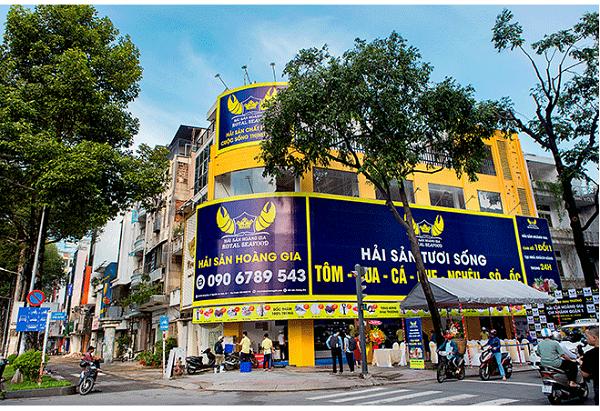 Hải Sản Hoàng Gia có chi nhánh tại hầu hết các quận trên địa bàn TP.HCM, Đà Nẵng và Hà Nội